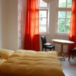 5 Doppel- und 4 Zweibettzimmer