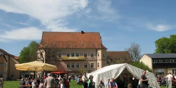 Maifest Leute 4 (600 x 450)