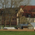 Gebäude und Gelände9